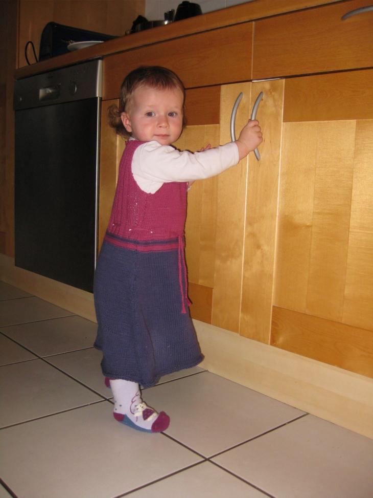 Kleid für Kleinkinder stricken