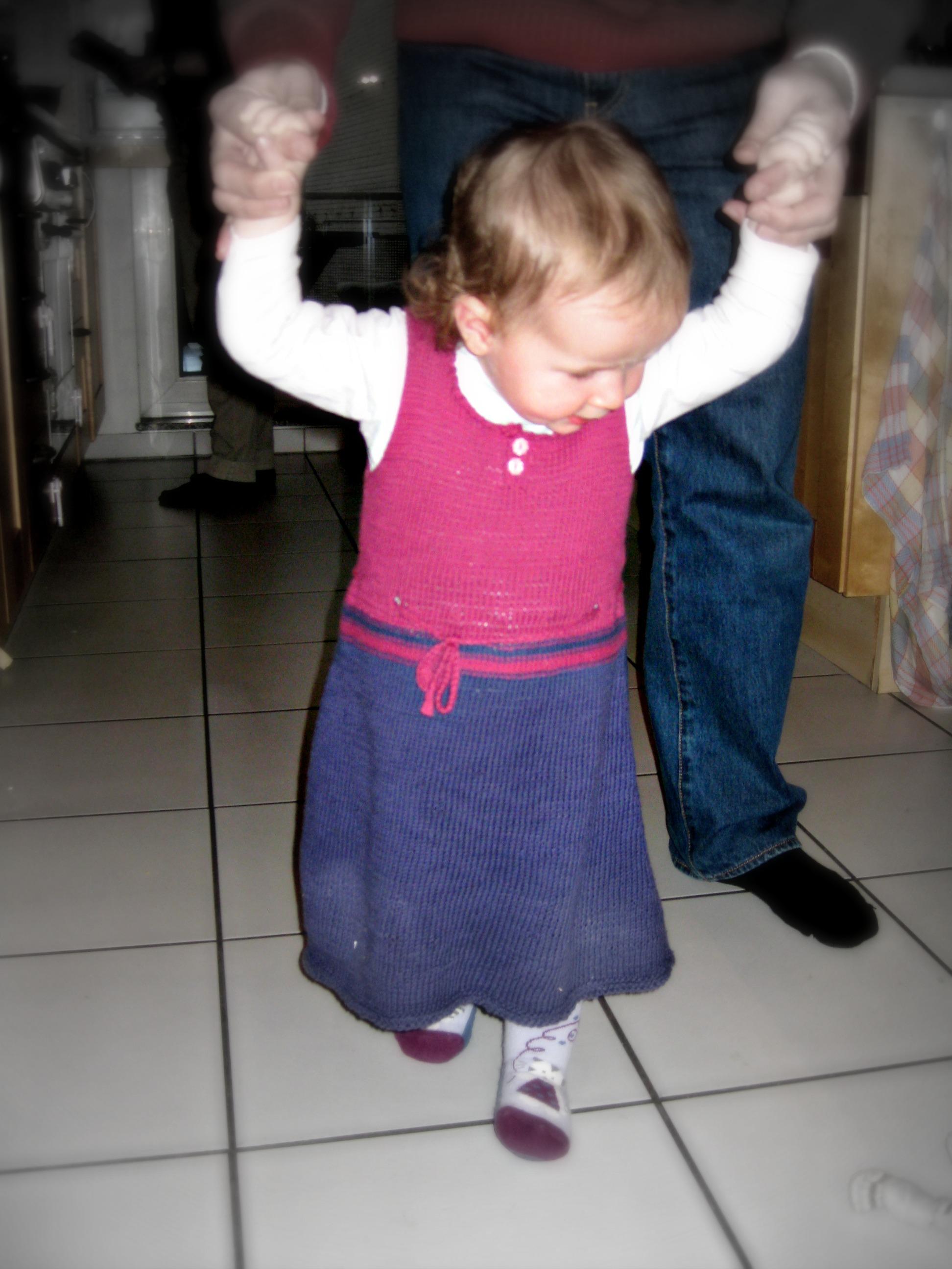 Freebie Kleidchen Für Kleinkinder Stricken Neues Vom Bastelschaf