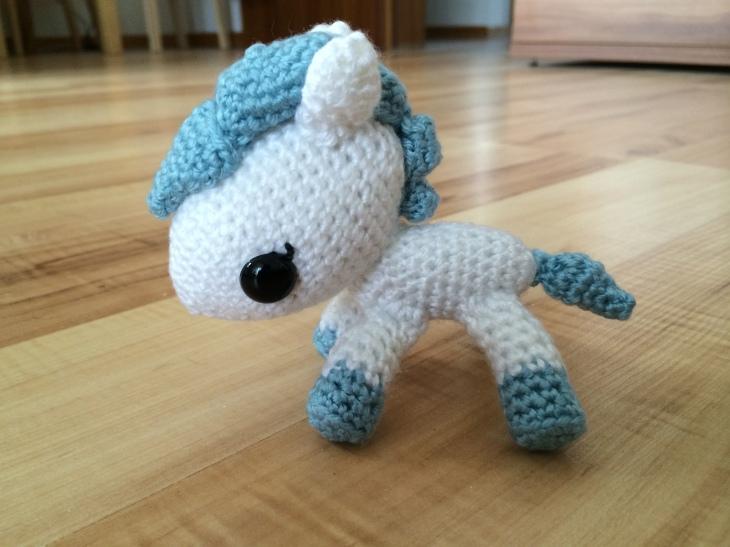 free amigurumi pattern pony