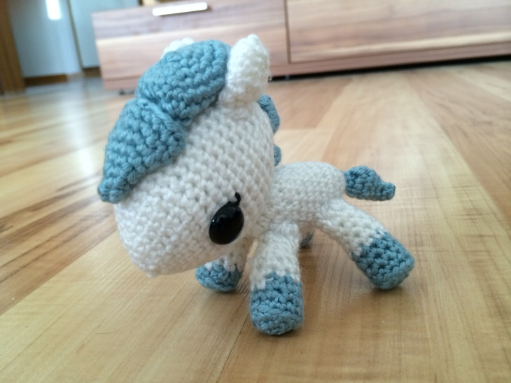 free amigurumi pattern horse