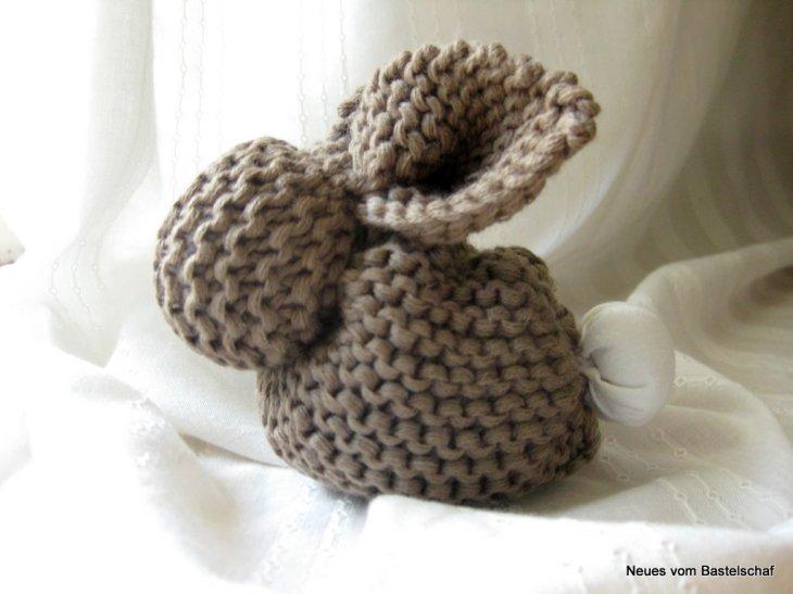 knit bunny gift newborn baby geschenk hase stricken