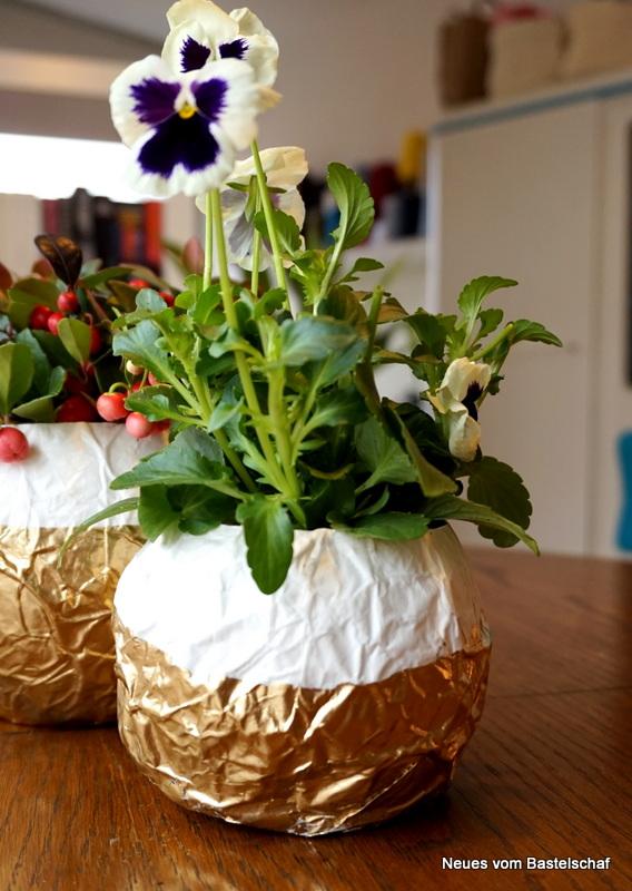 Blumenvase aus Pappmaché Anleitung kostenlos