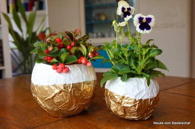 Blumentopf Übertopf Vase aus Papier basteln